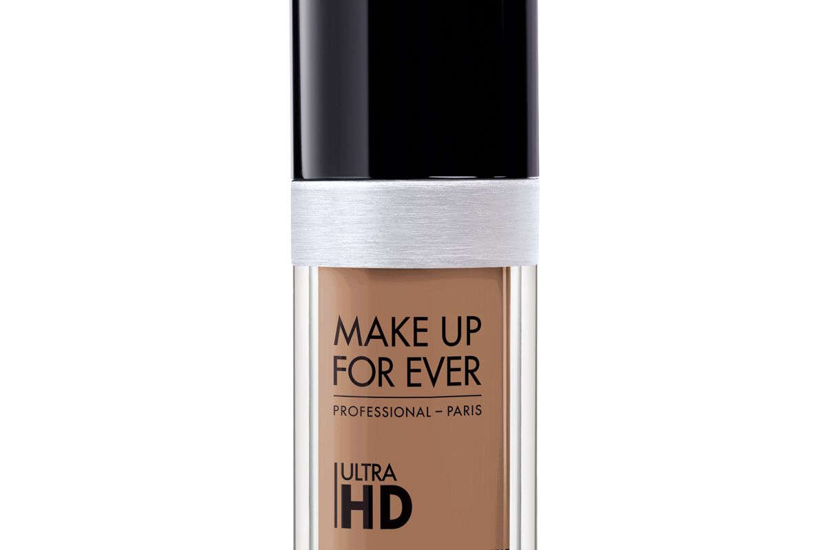 Ultra HD Invisible Cover Foundation in Y445