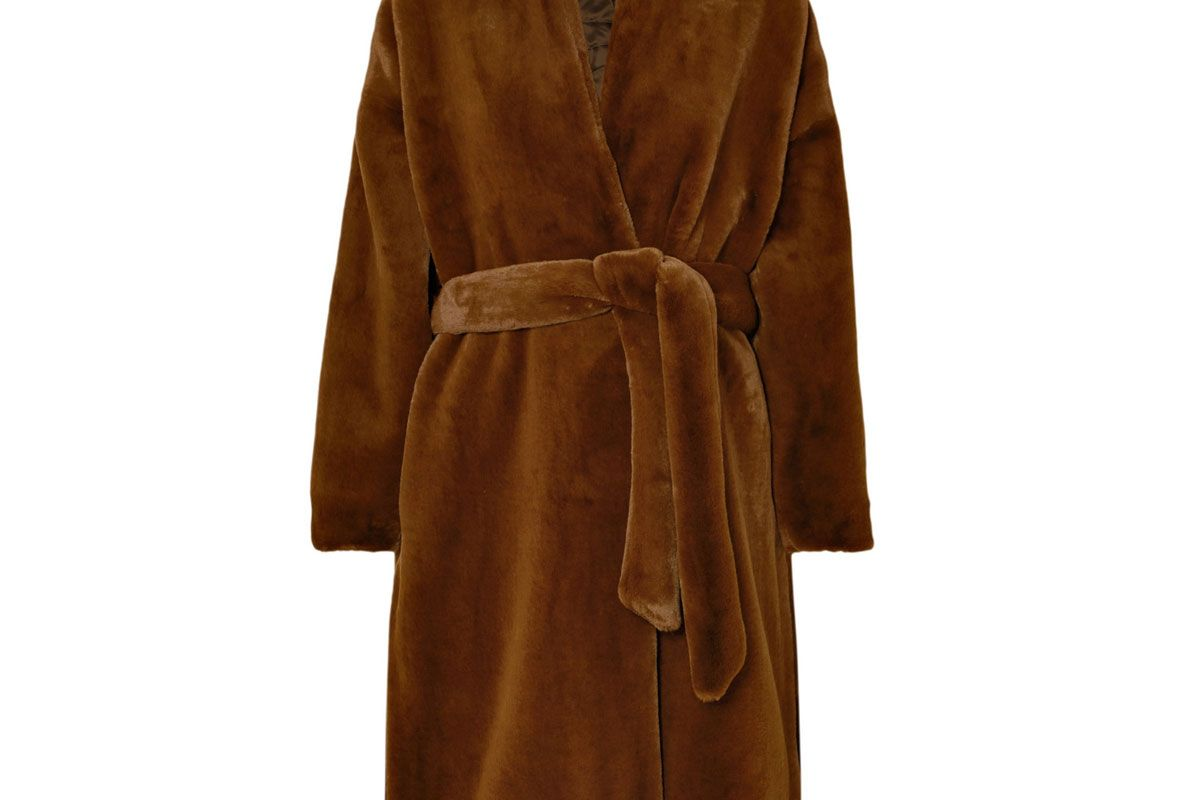 toteme chelsea belted faux fur coat