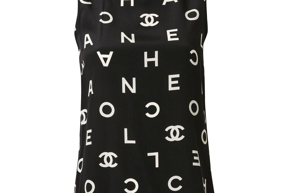 chanel pre owned 1997 silk logo printed top