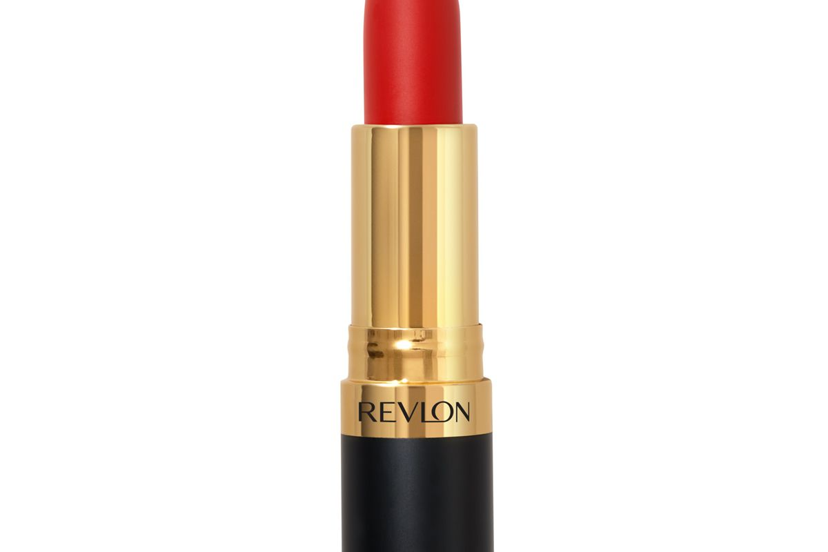 revlon super lustrous matte is everything lipstick