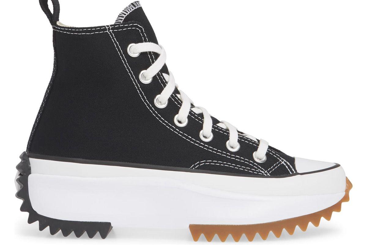 converse chunk taylor all star run star hike high top platform sneaker