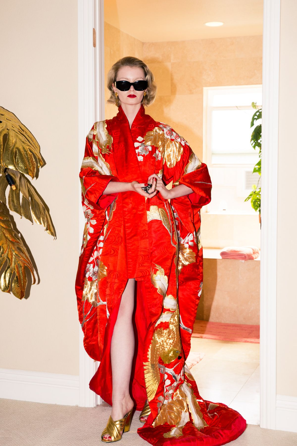 Daisy Donohoe's Wardrobe Is a Straight-Up '80s Beverly Hills Fantasy