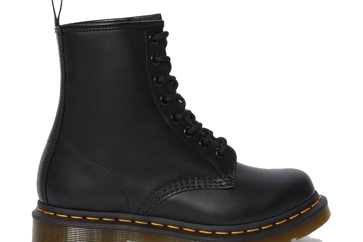 dr martens 1460 womens smooth leather lace up boots