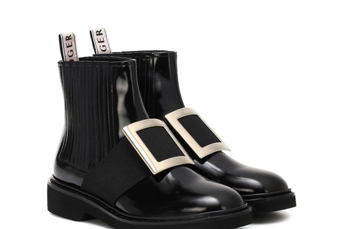 roger vivier chelsea viv leather ankle boots