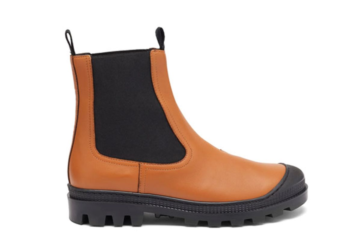 loewe toe cap leather chelsea boots