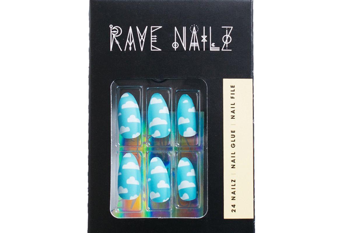 rave nailz fluffy cloud nailz