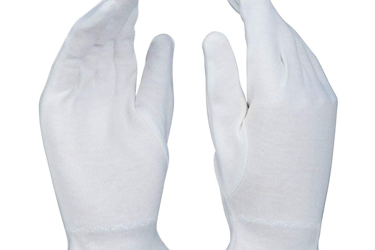 beauty care wear cotton gloves