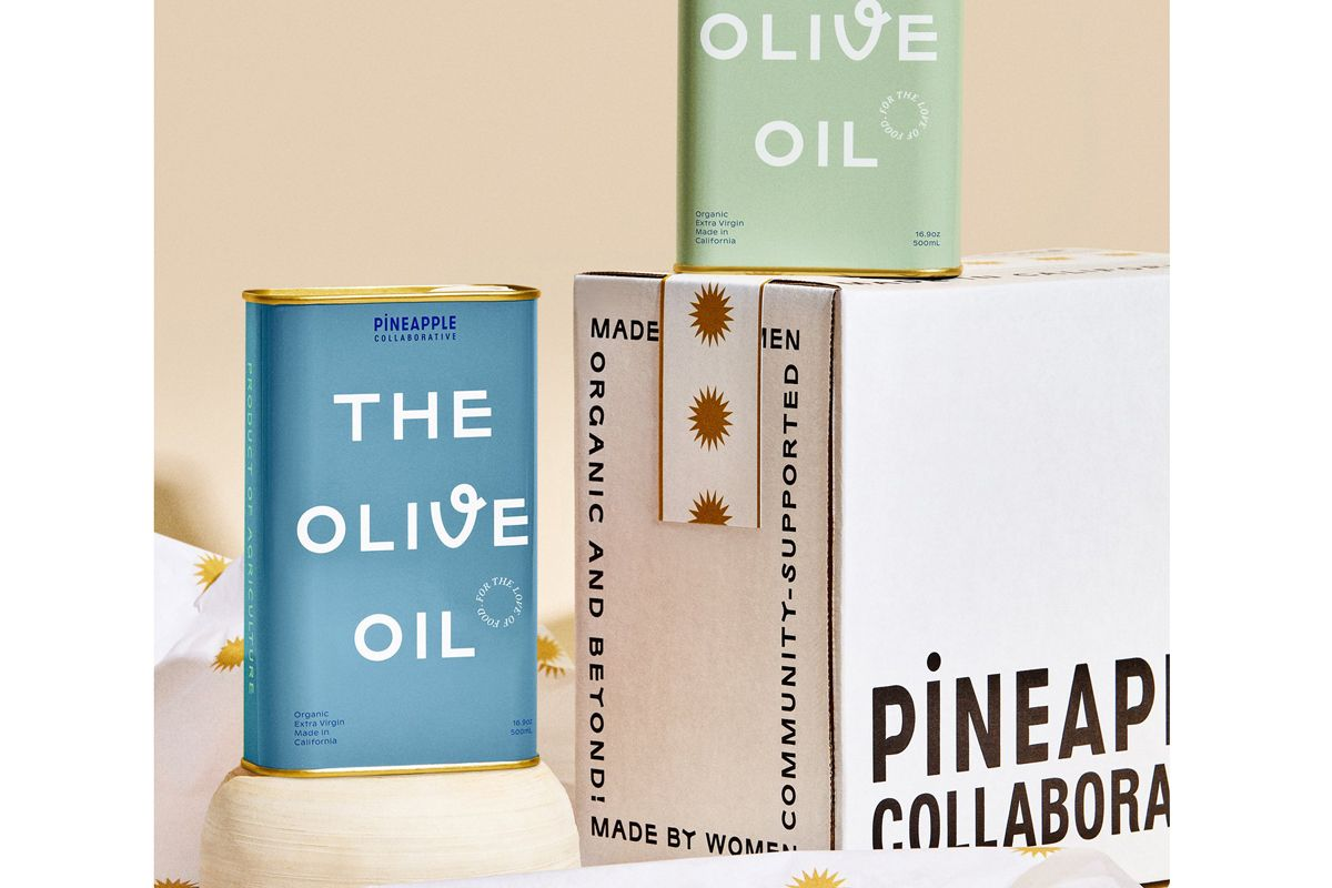 pineapple collaborative the holiday set