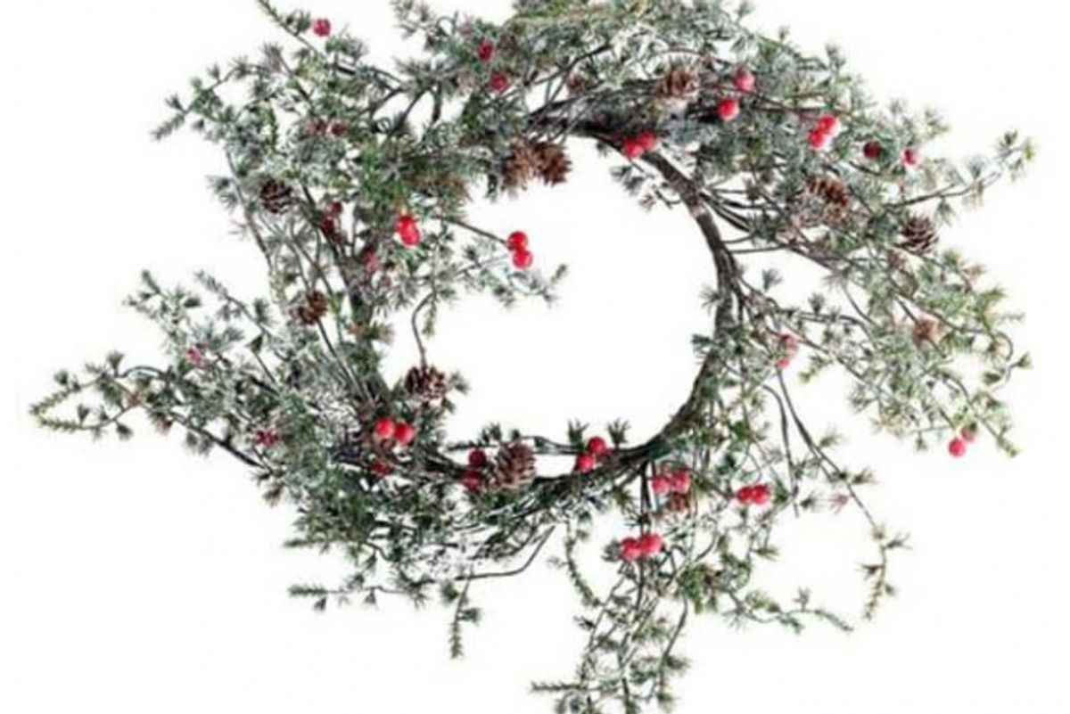 grand illusions red berry wreath