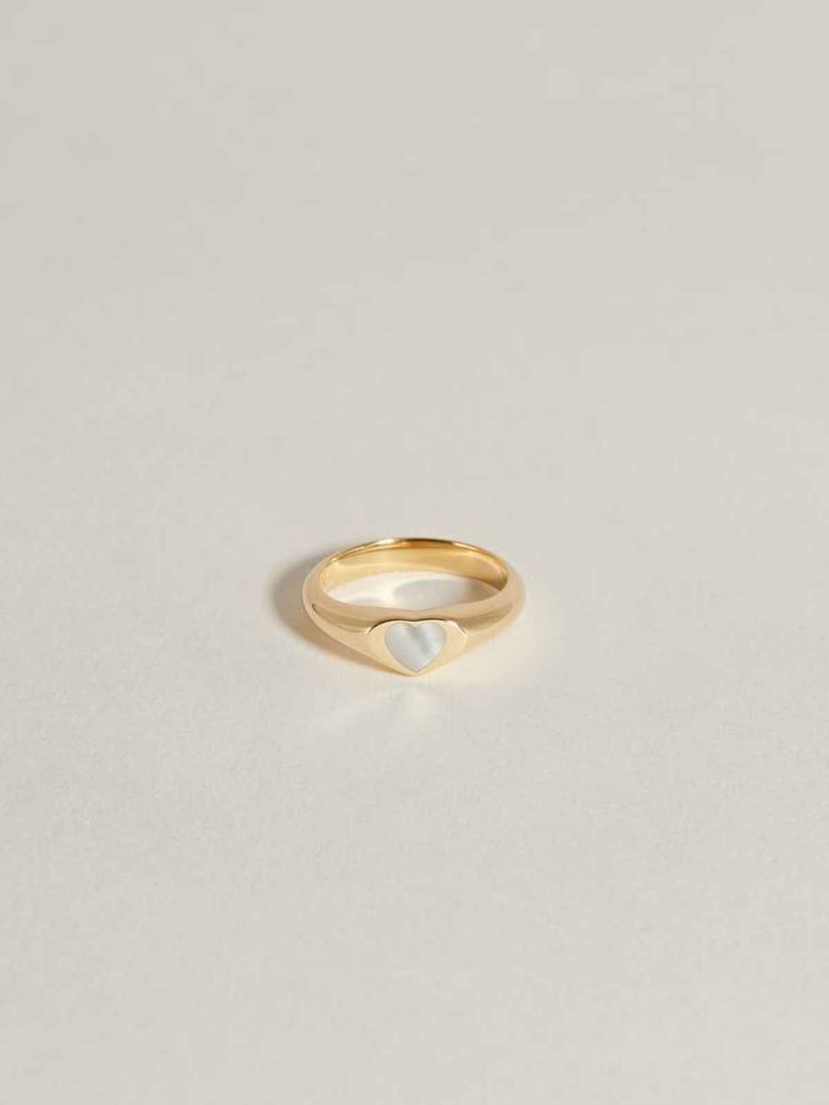 Baby Ring (Mother of Pearl)