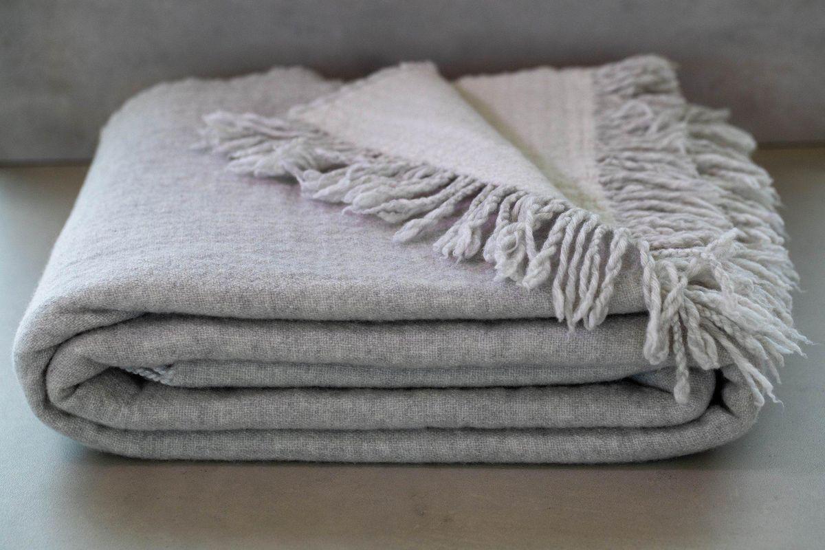 lanerossi mernio wool throw