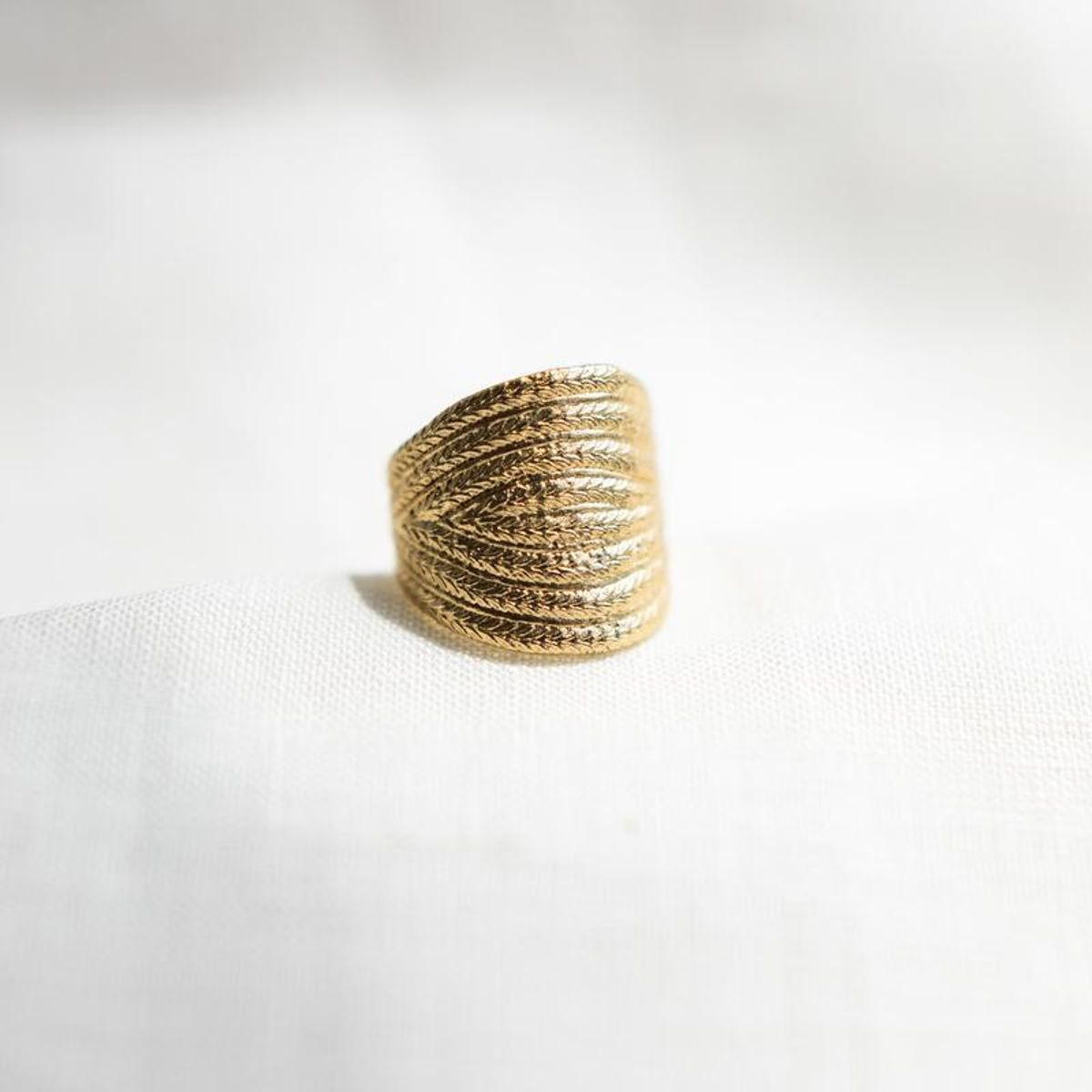 agape athenais ring