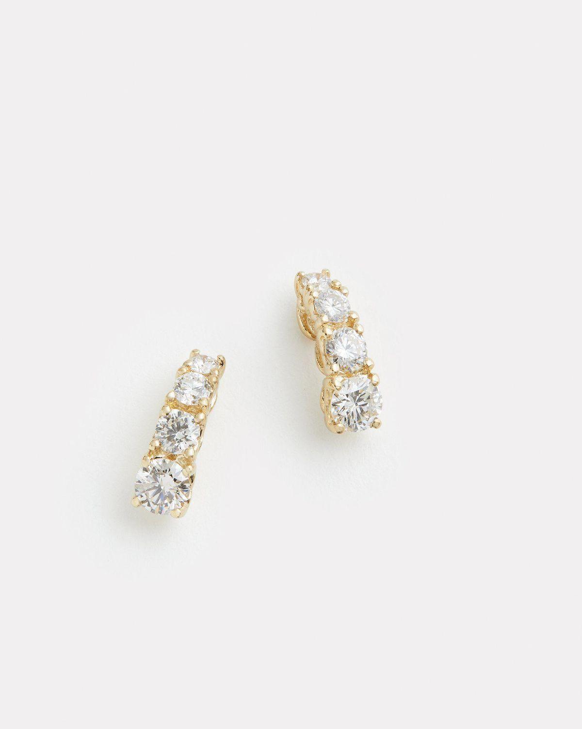 Curved Diamond Stud