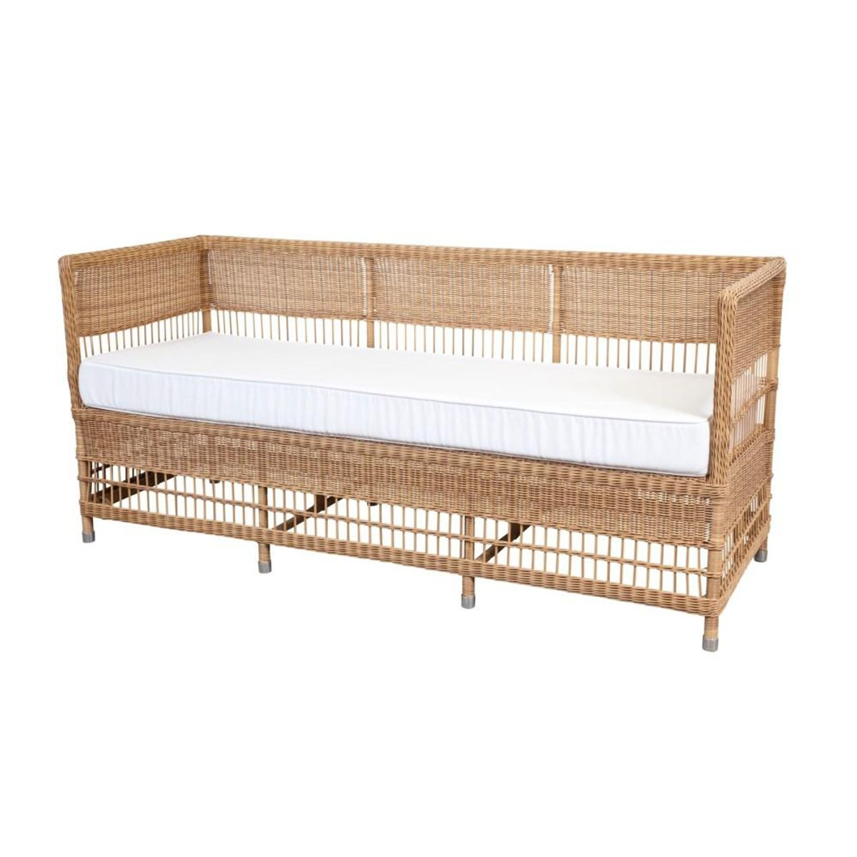 mainly baskets home outdoor vineyards daybed