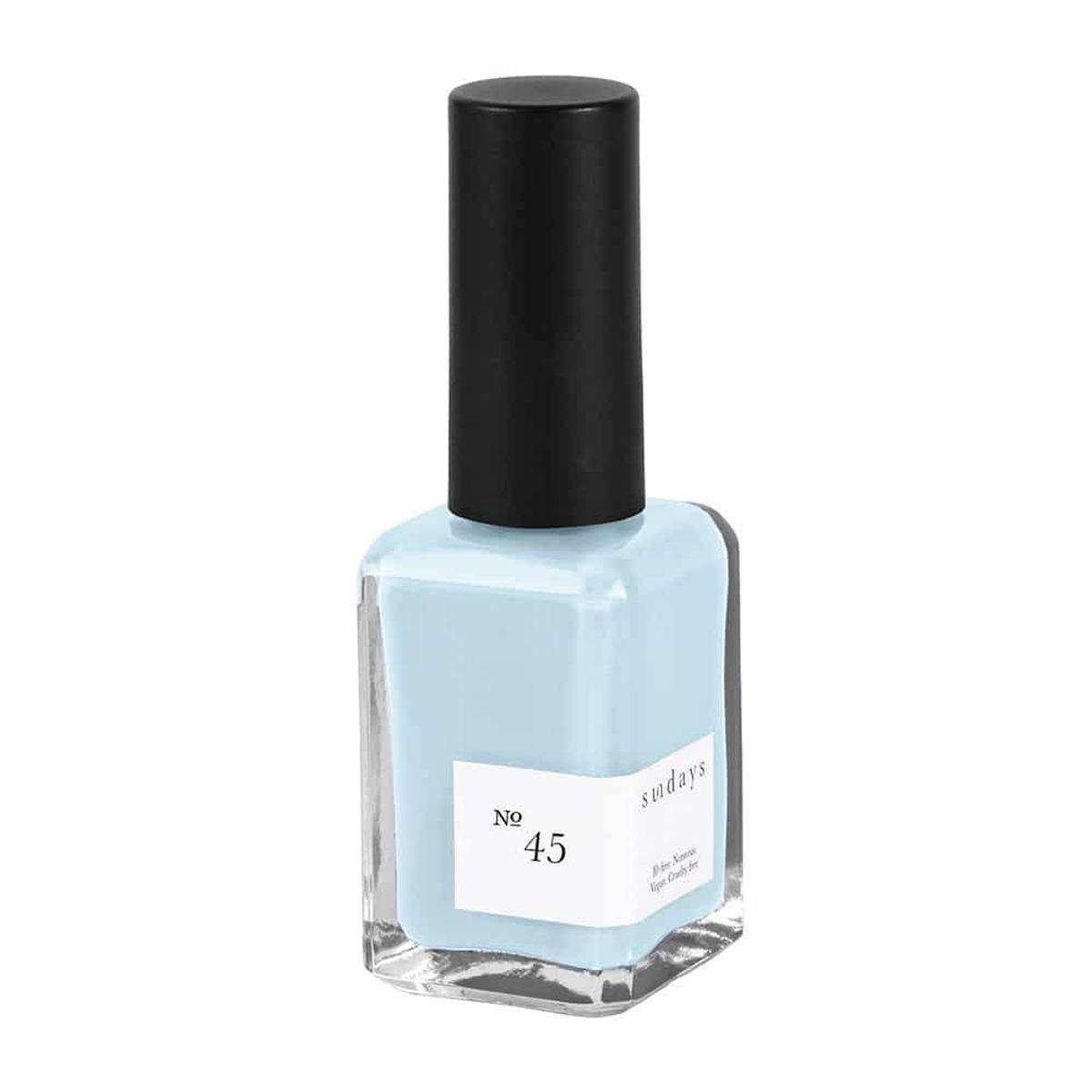 Nail Polish in No.45 Sky Blue