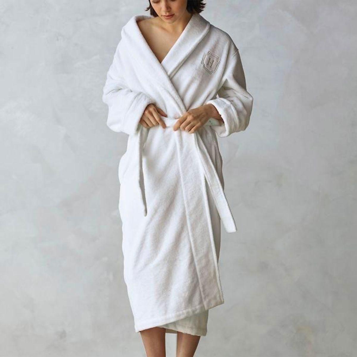 frontgate resort plush robe