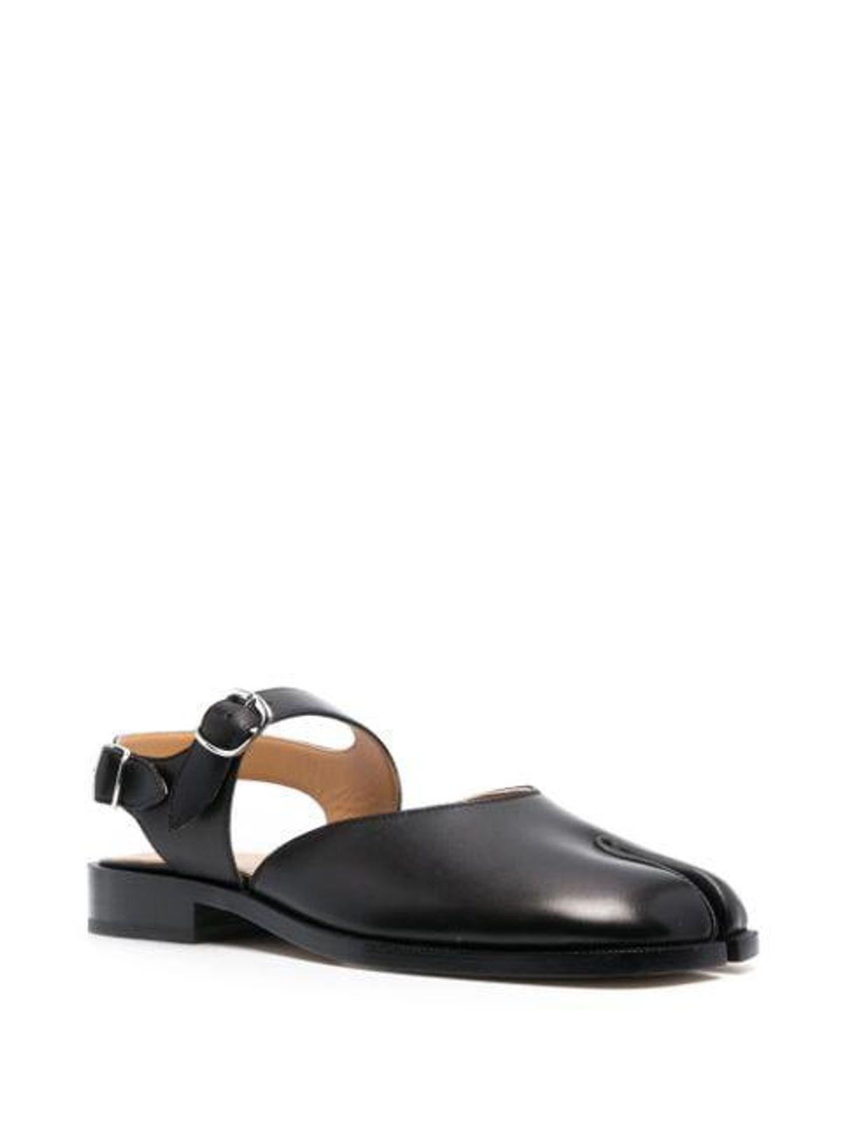 Tabi-toe Sandals
