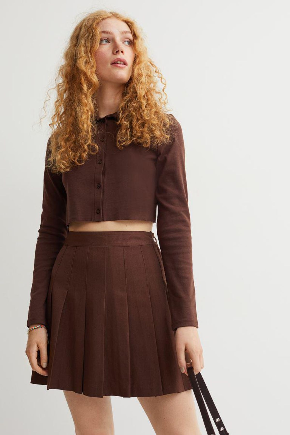 h and m short pleated skirt