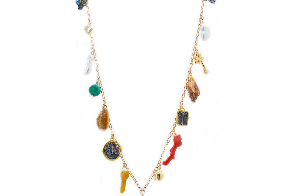 haute victoire les charmantes charm necklace