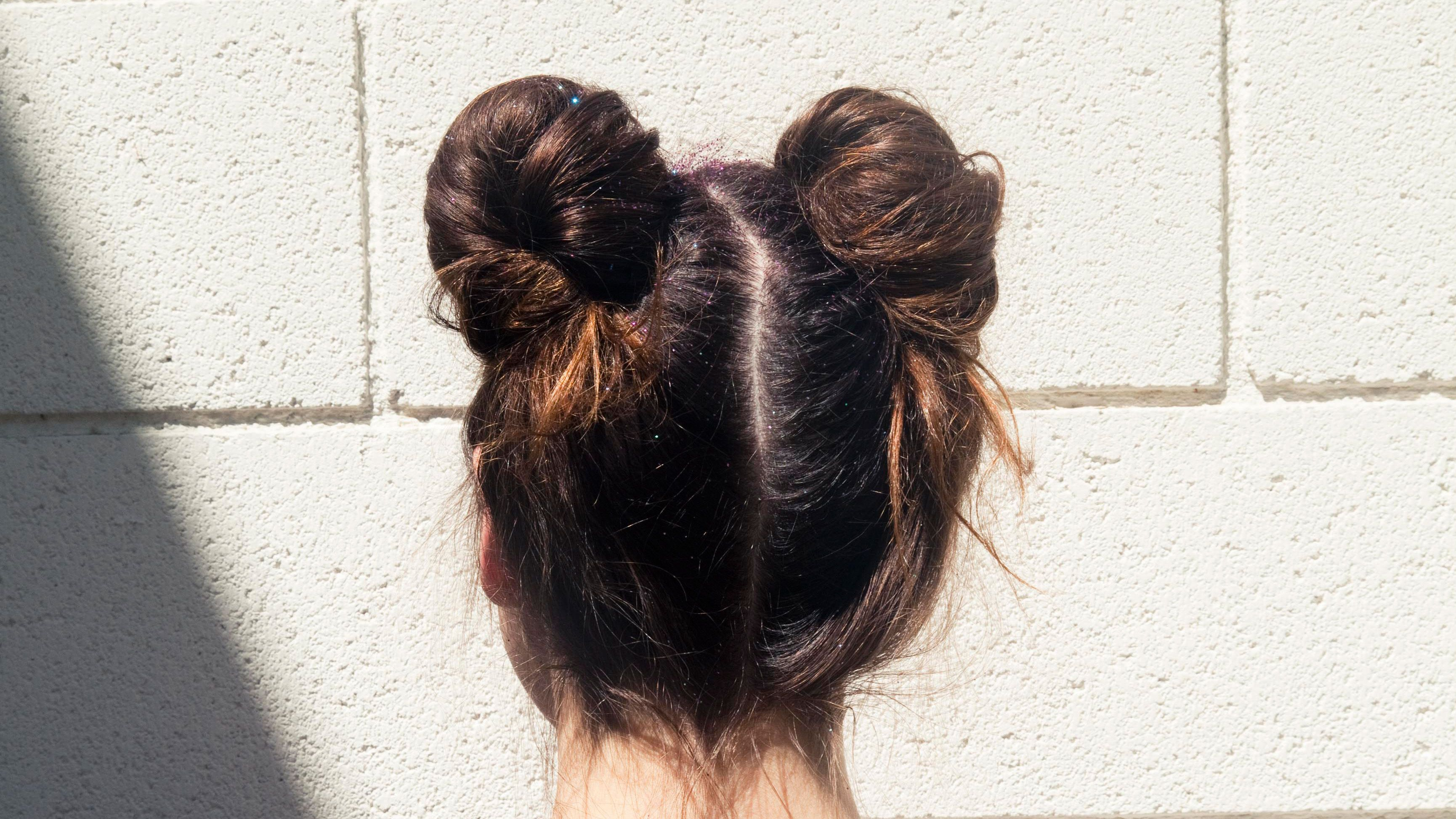This '90s Hairstyle Is Back and Taking Over Instagram