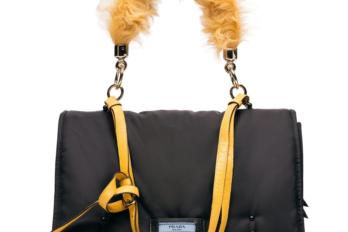Etiquette Bag in Yellow