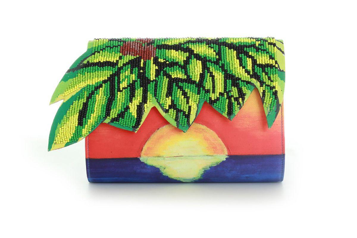 Palm clutch
