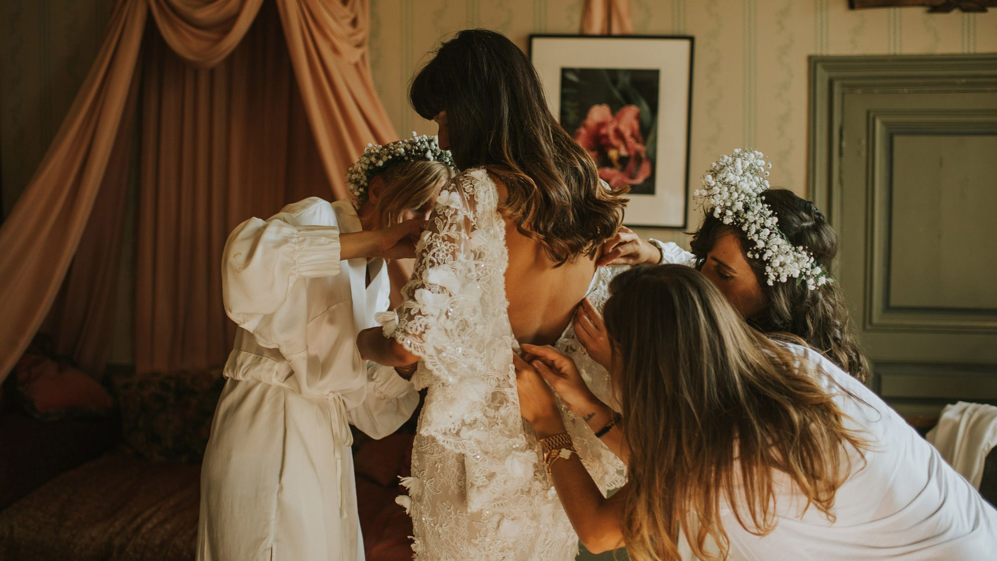 Everything a Vogue Bride Did Day-Of to Prep for Her Wedding