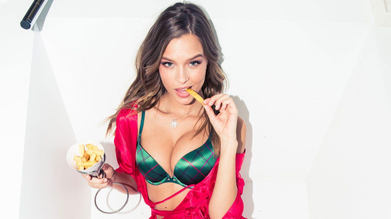 What Victoria's Secret Models Eat for Breakfast, Lunch, & Dinner