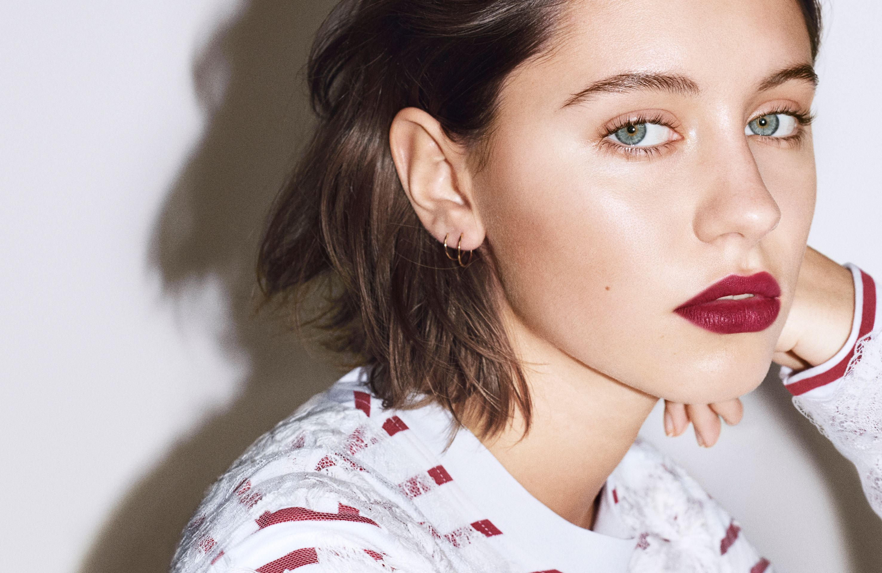 Jude Law's Daughter Is the New Face of Burberry Beauty