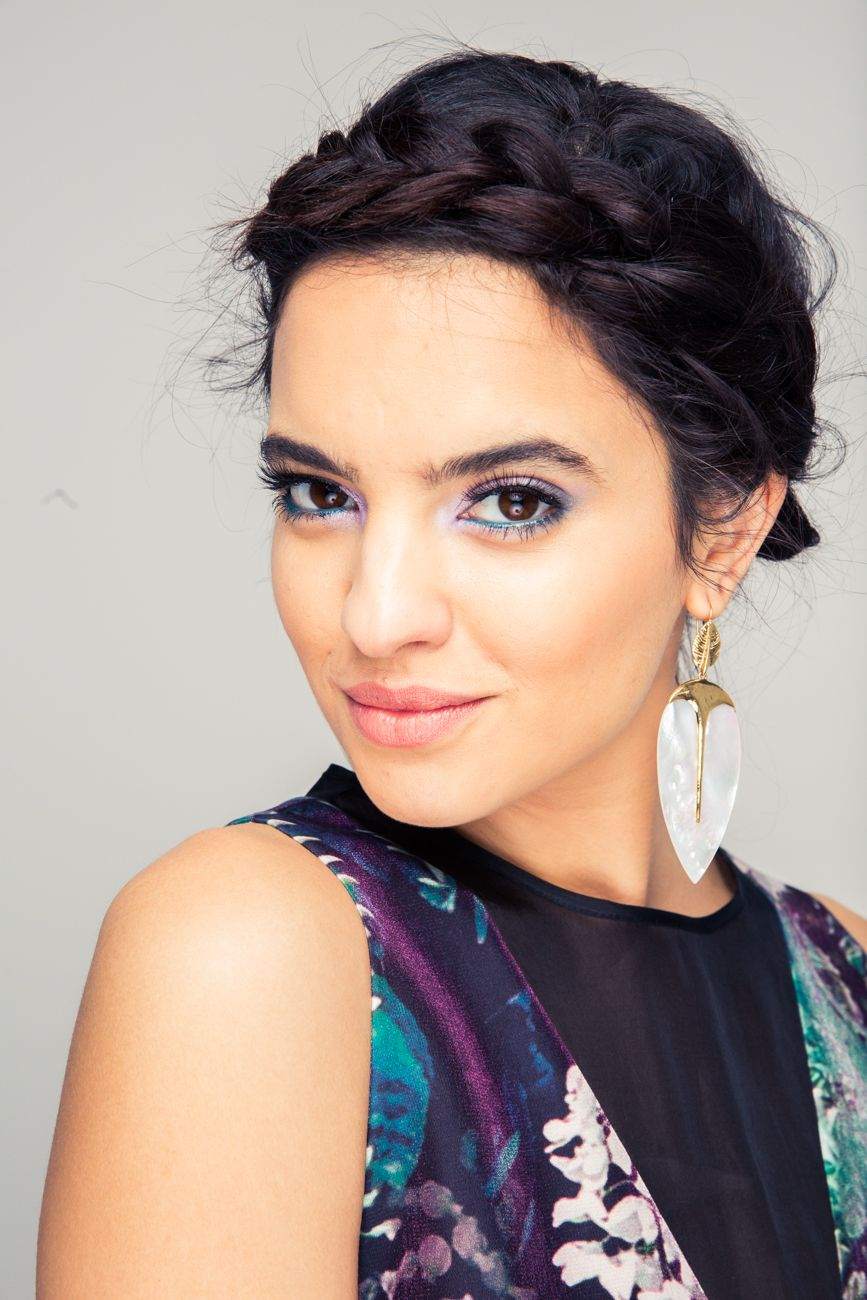 The Prettiest Beauty Look for a Chill Wedding