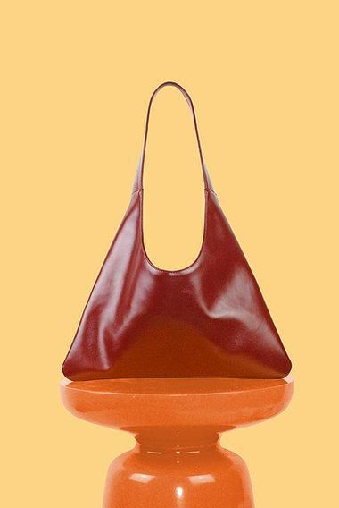 Agave Triangular Tote in Red