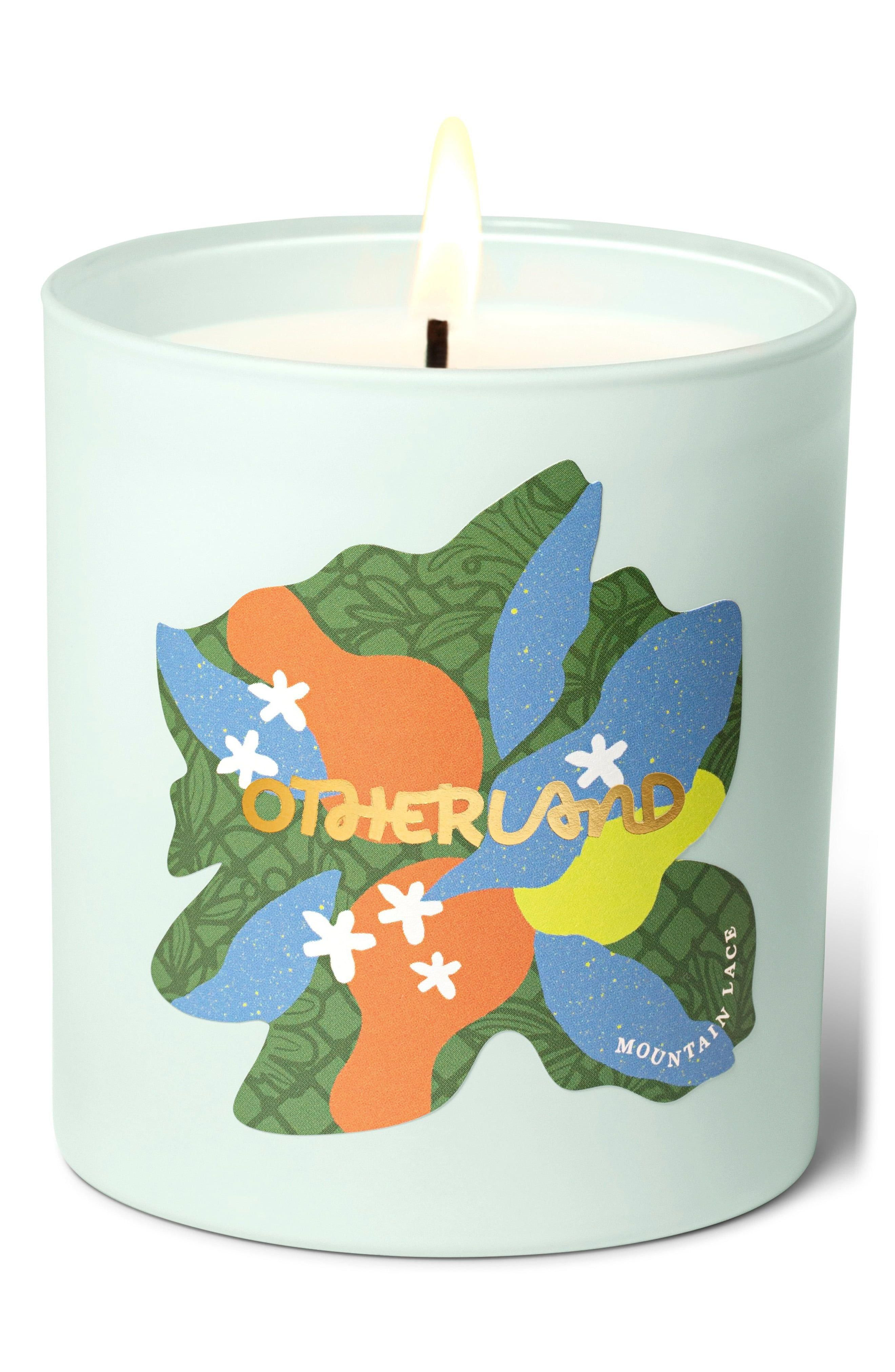 Manor House Weekend Candle in Mountain Lace