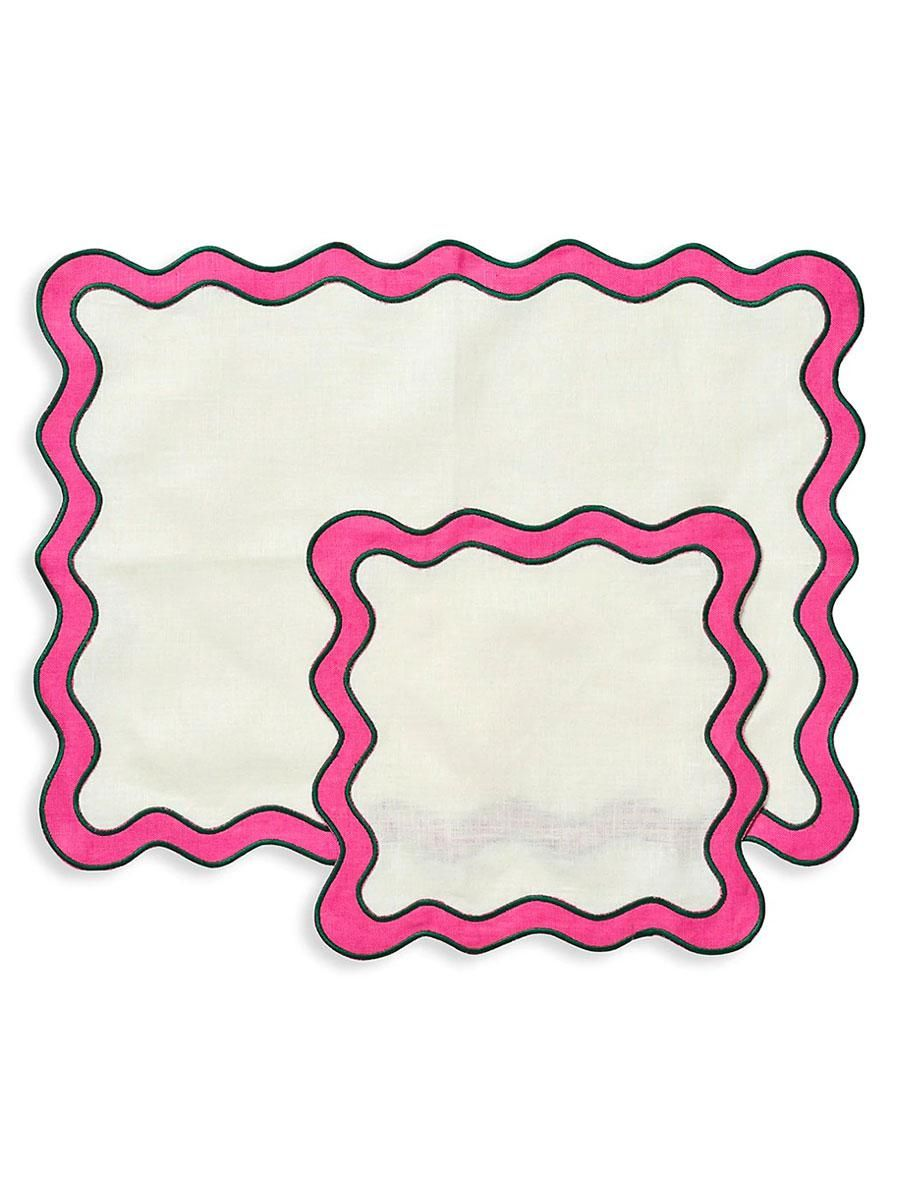 in the roundhouse napery scalloped edge placemat and napkin 8 piece set