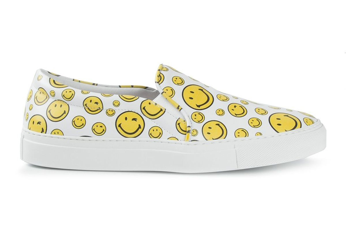 Smiley Face Print Slip-On Sneakers