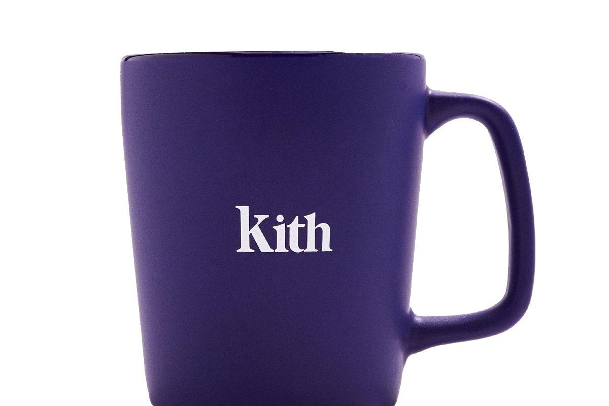 kith serif logo mug