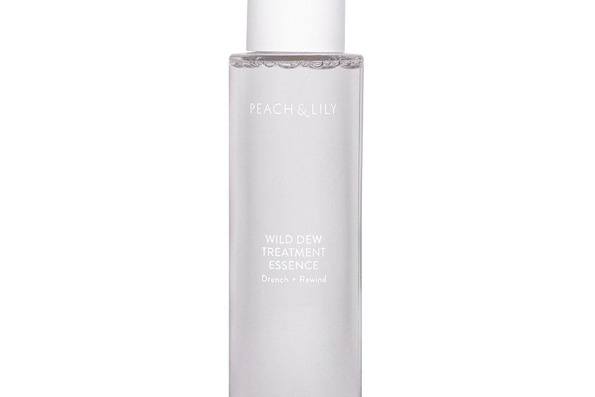peach and lily wild dew treatment essence