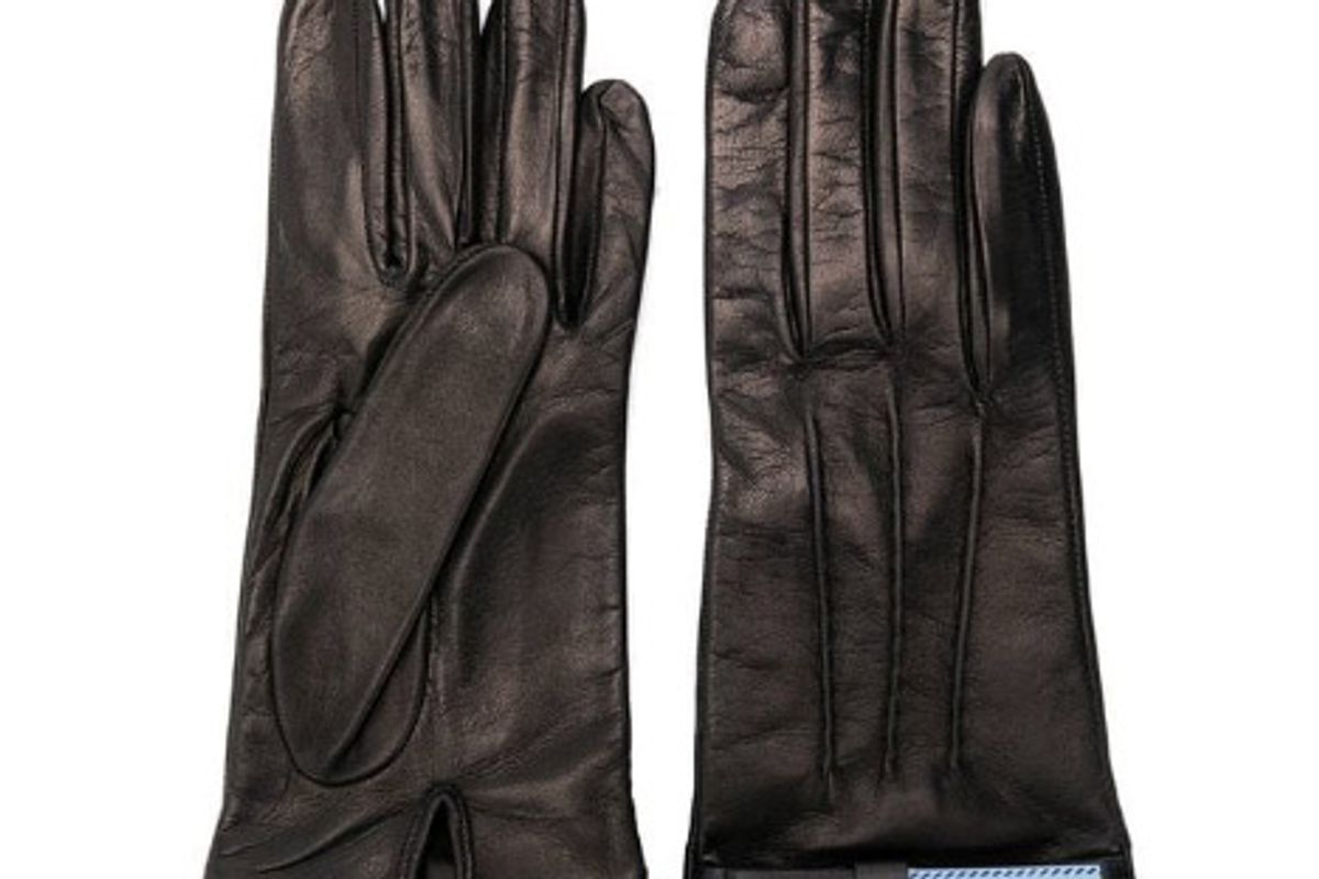 prada perfectly fitted gloves