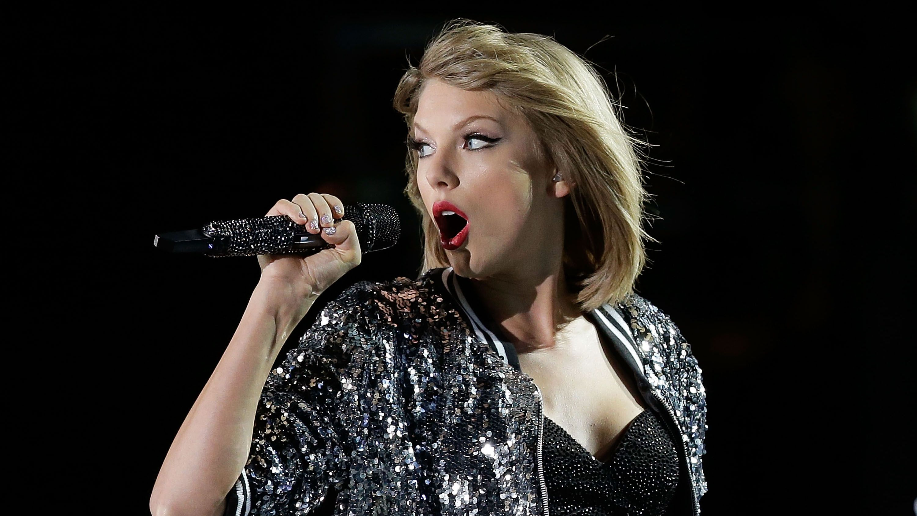 Taylor Swift's Sixth Album Is On Its Way