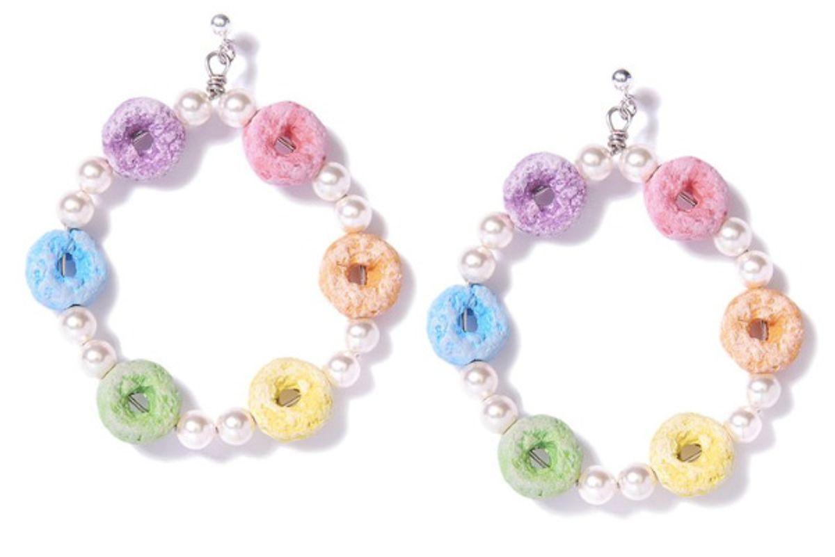 venessa arizaga rainbow loops pearl earrings
