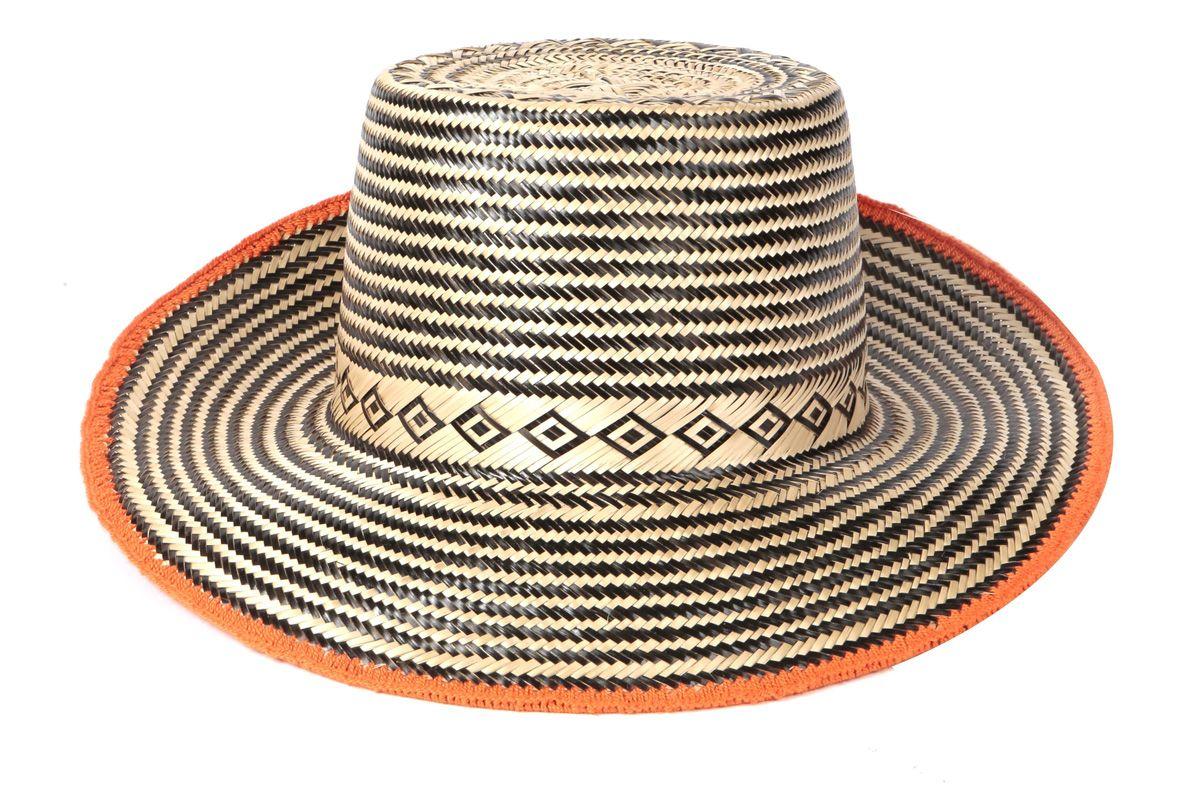 yosuzi abela hat