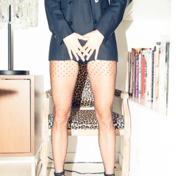 The Definitive Coveteur Guide to Tights & Pantyhose