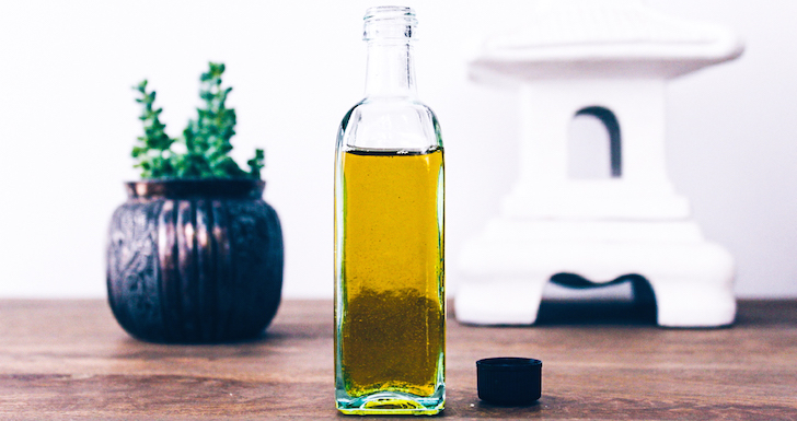 How To Make Your Own All-Natural Body Oil