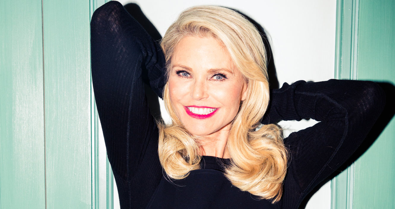 Christie Brinkley Drinks Champagne Instead of Green Juice