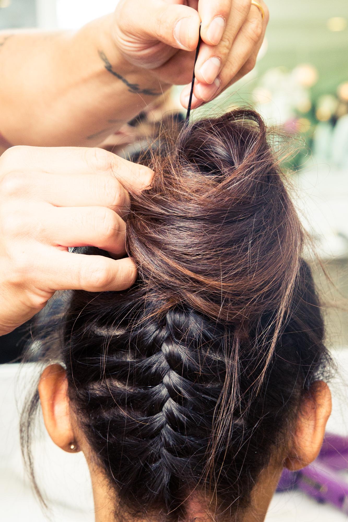 how to do an upside down braided bun