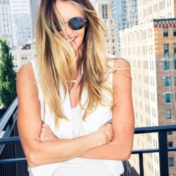 Elle MacPherson on Russian Baths & Indulging in Dark Chocolate