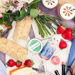 The Prettiest (& Healthiest) Summer Picnic