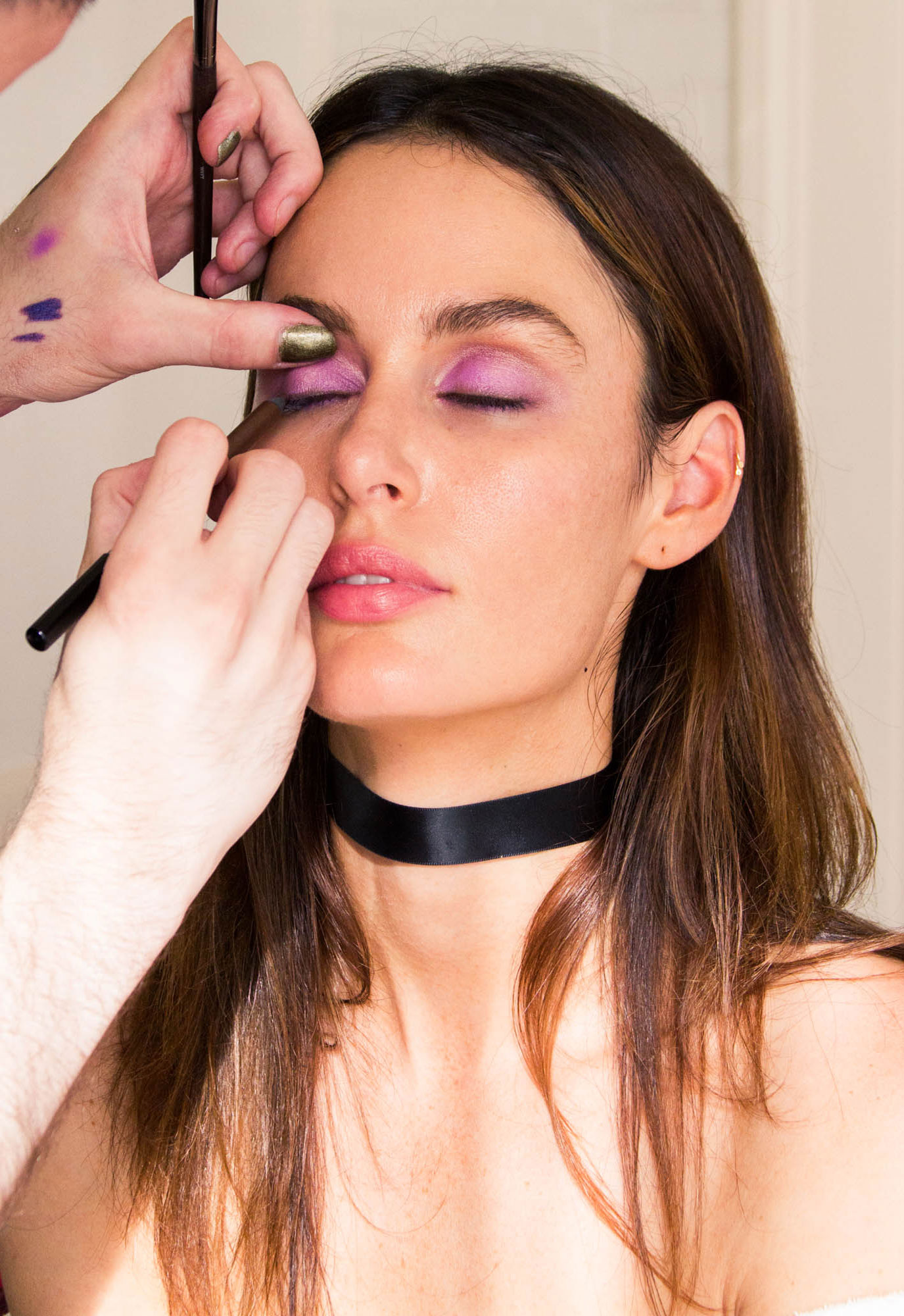 how model nicole trunfio gets ready for date night coveteur. Black Bedroom Furniture Sets. Home Design Ideas