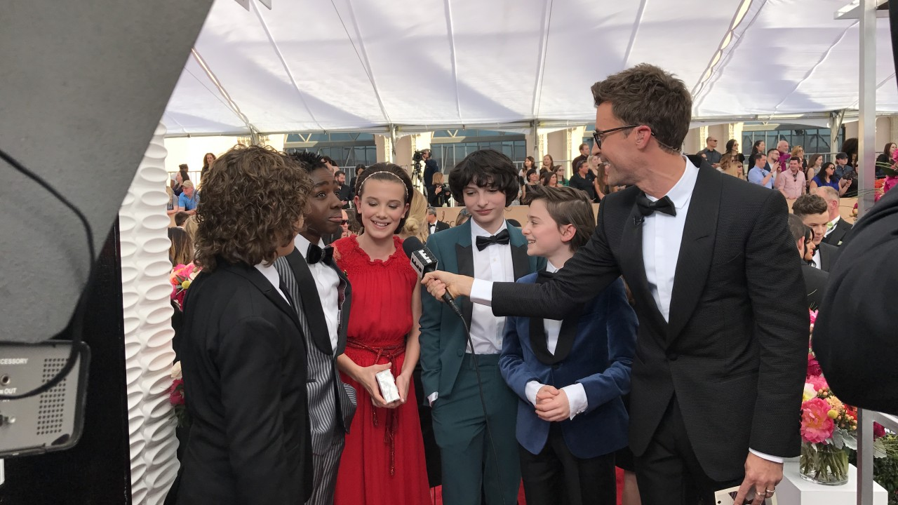 Brad Goreski Takes Us Inside the SAGs Red Carpet