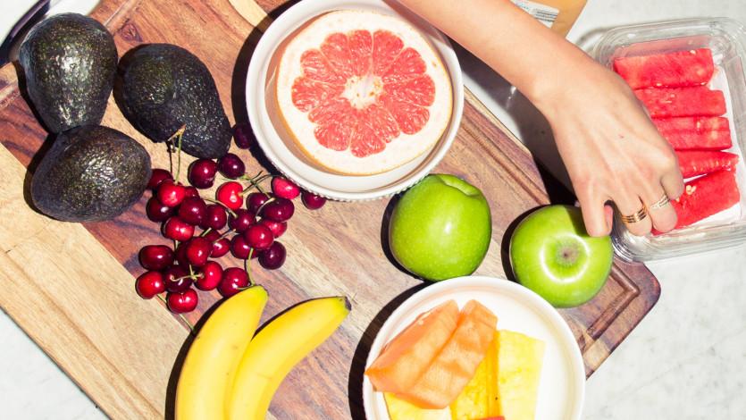 Nutritionist Dana James Shares Healthy Deskside Snack Options