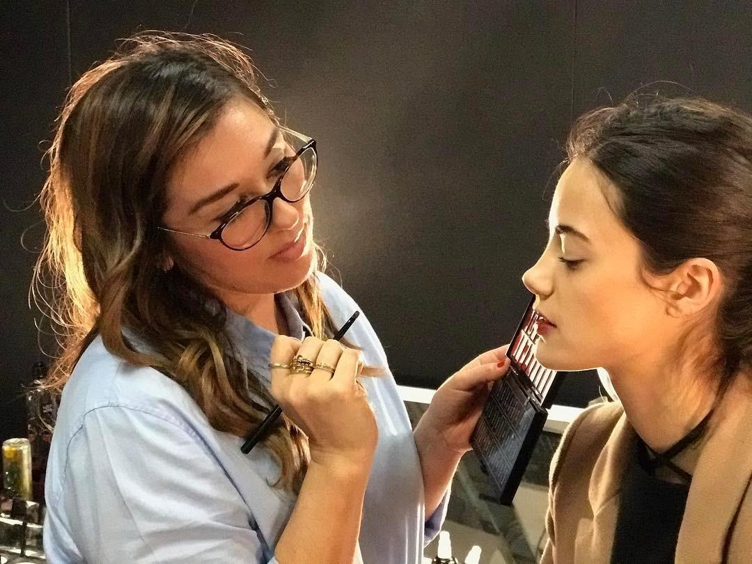 Bobbi Brown Makeup Artist Cassandra Garcia Shares Her ...